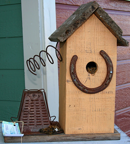 Horseshoe Birdhouse